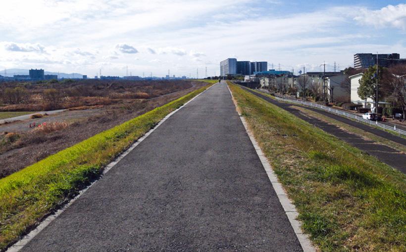 寒い朝 「ツール・ド・大阪 しまもとコース」を歩く