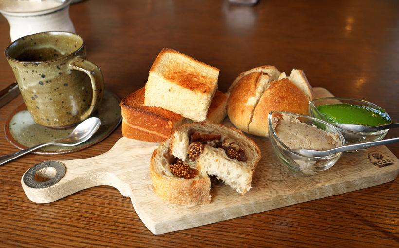 大津・寿長生の郷 Bakery&Café 野坐の焼きたてパンと自家製ディップ